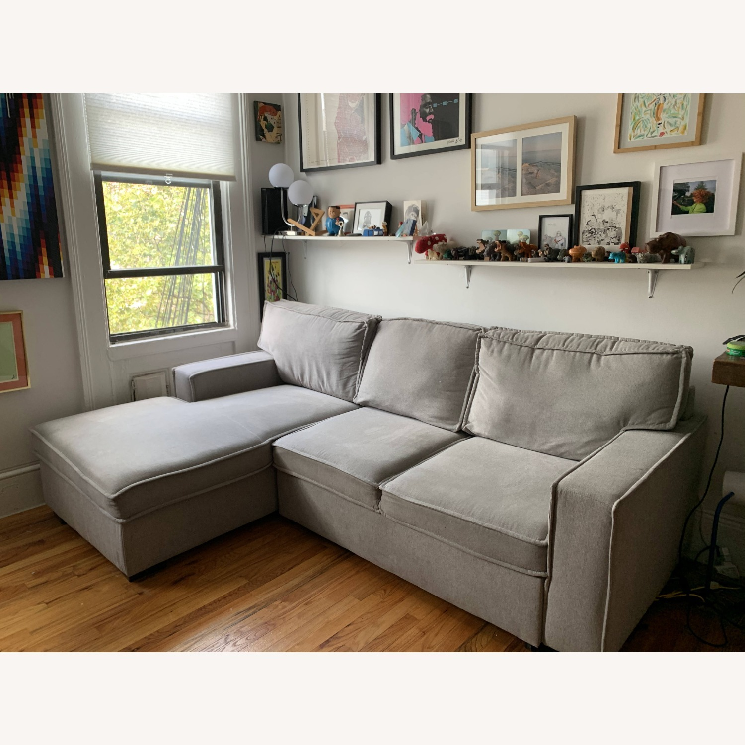 Bob's Track Arm Sectional with Pop-Up Sleeper - image-7