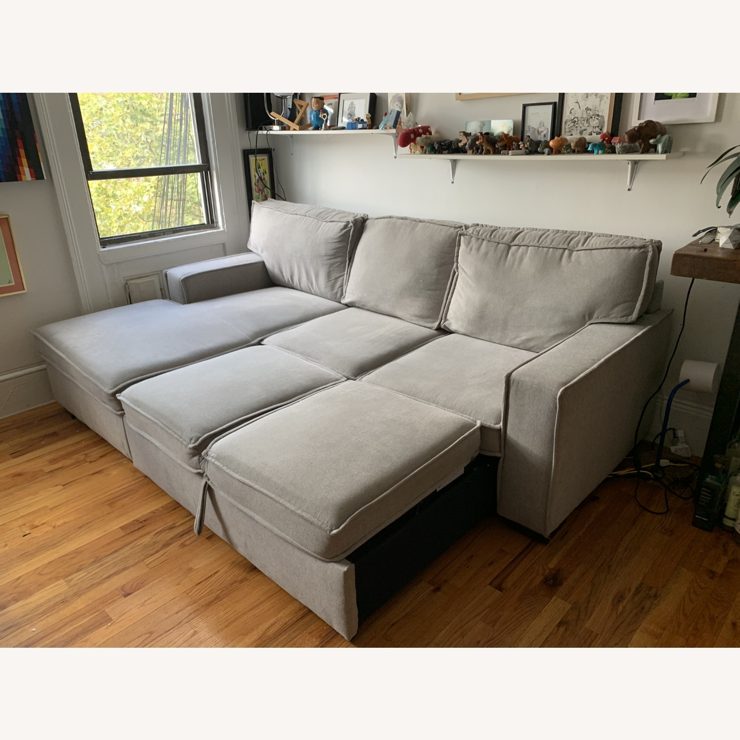 Bob's Track Arm Sectional with Pop-Up Sleeper - image-3