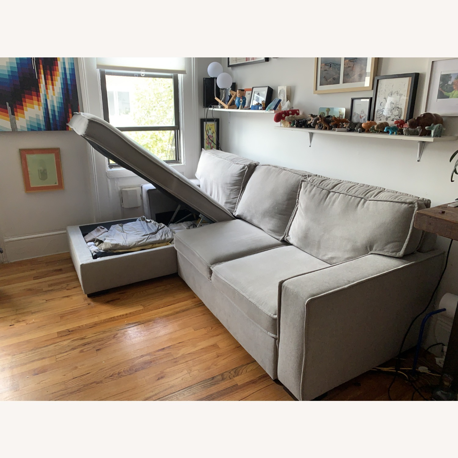 Bob's Track Arm Sectional with Pop-Up Sleeper - image-5