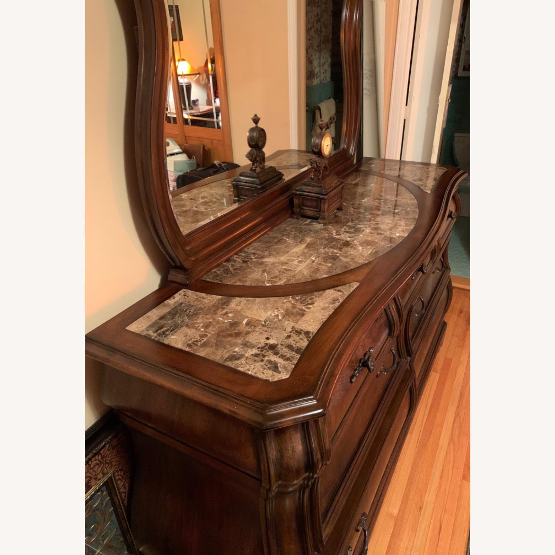 7 Drawer Dresser w/Mirror - image-1