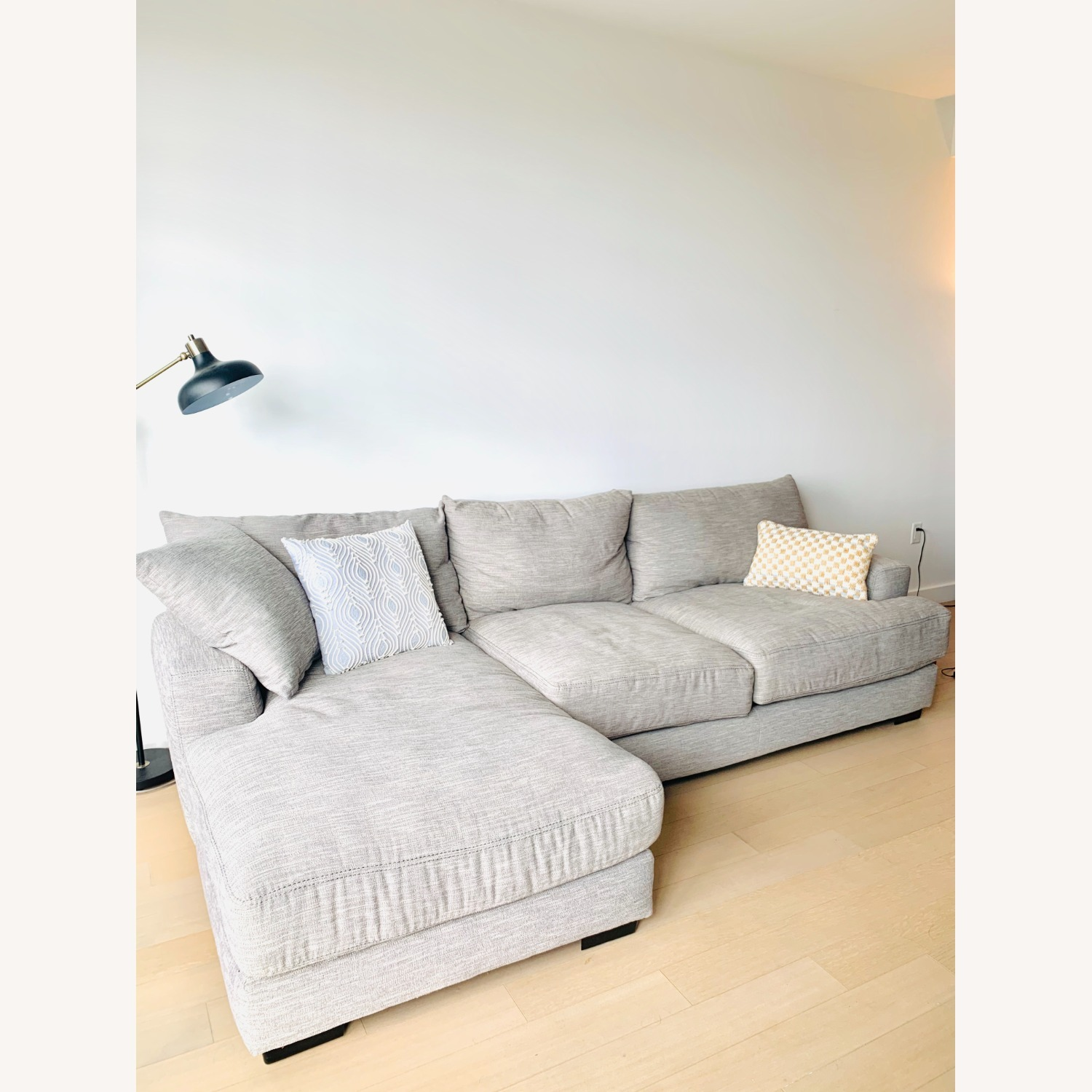 Grey 2-pc Section Sofa - image-2
