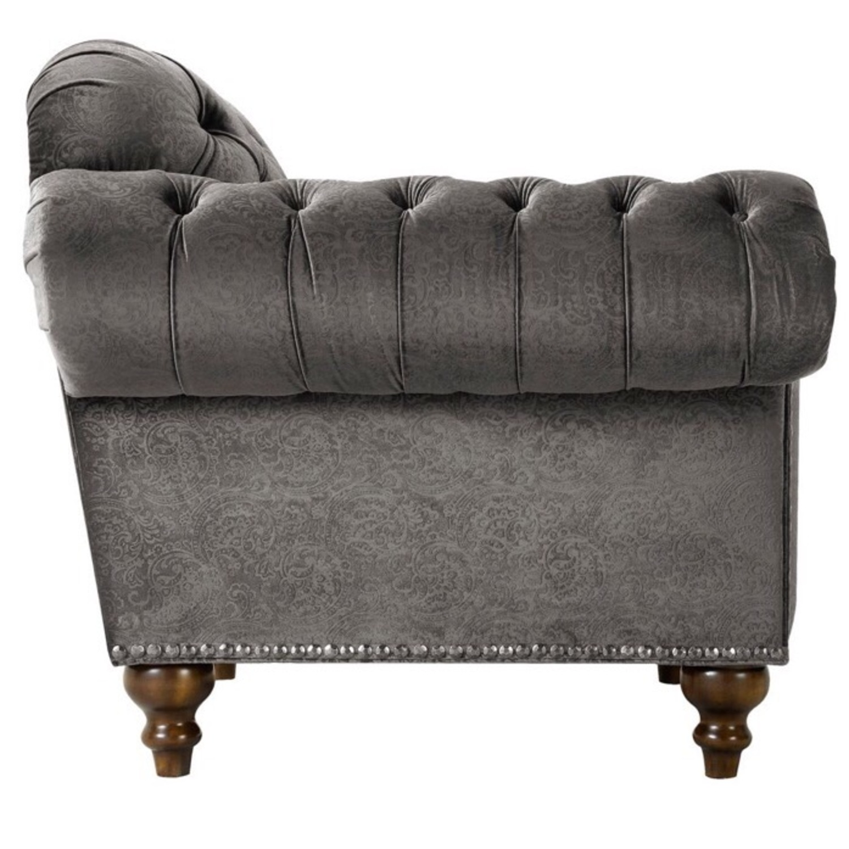 Raymour & Flanigan Duchess Chair - image-3