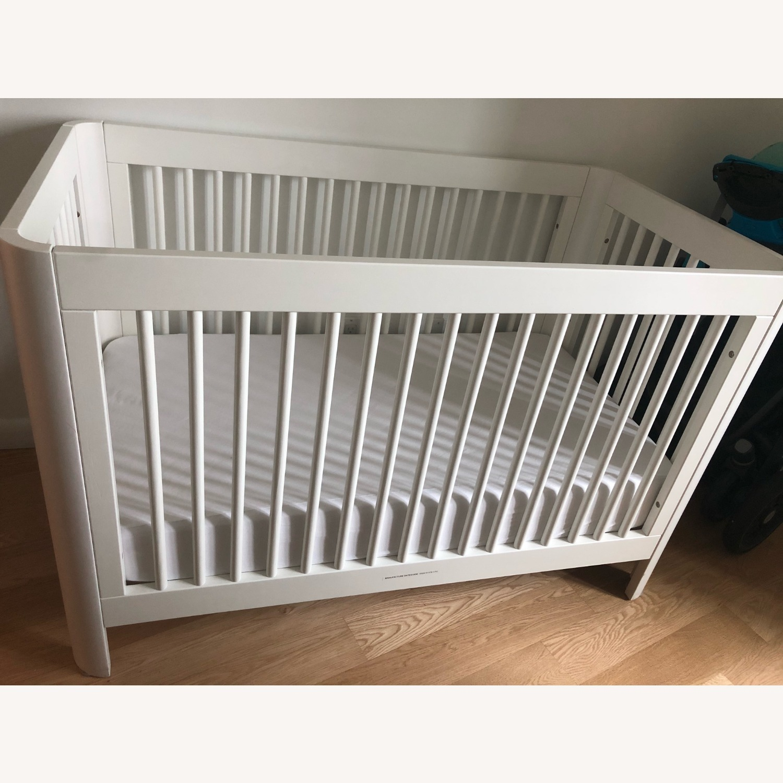 Sorelle Verona Long Island City White Crib - image-1