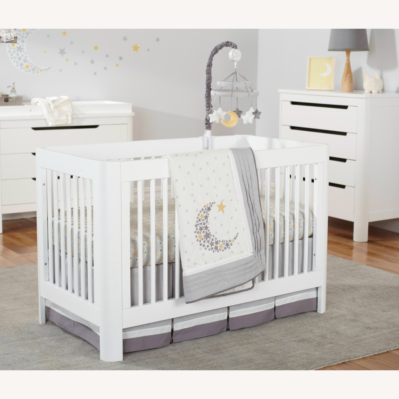 Sorelle Verona Long Island City White Crib - image-2