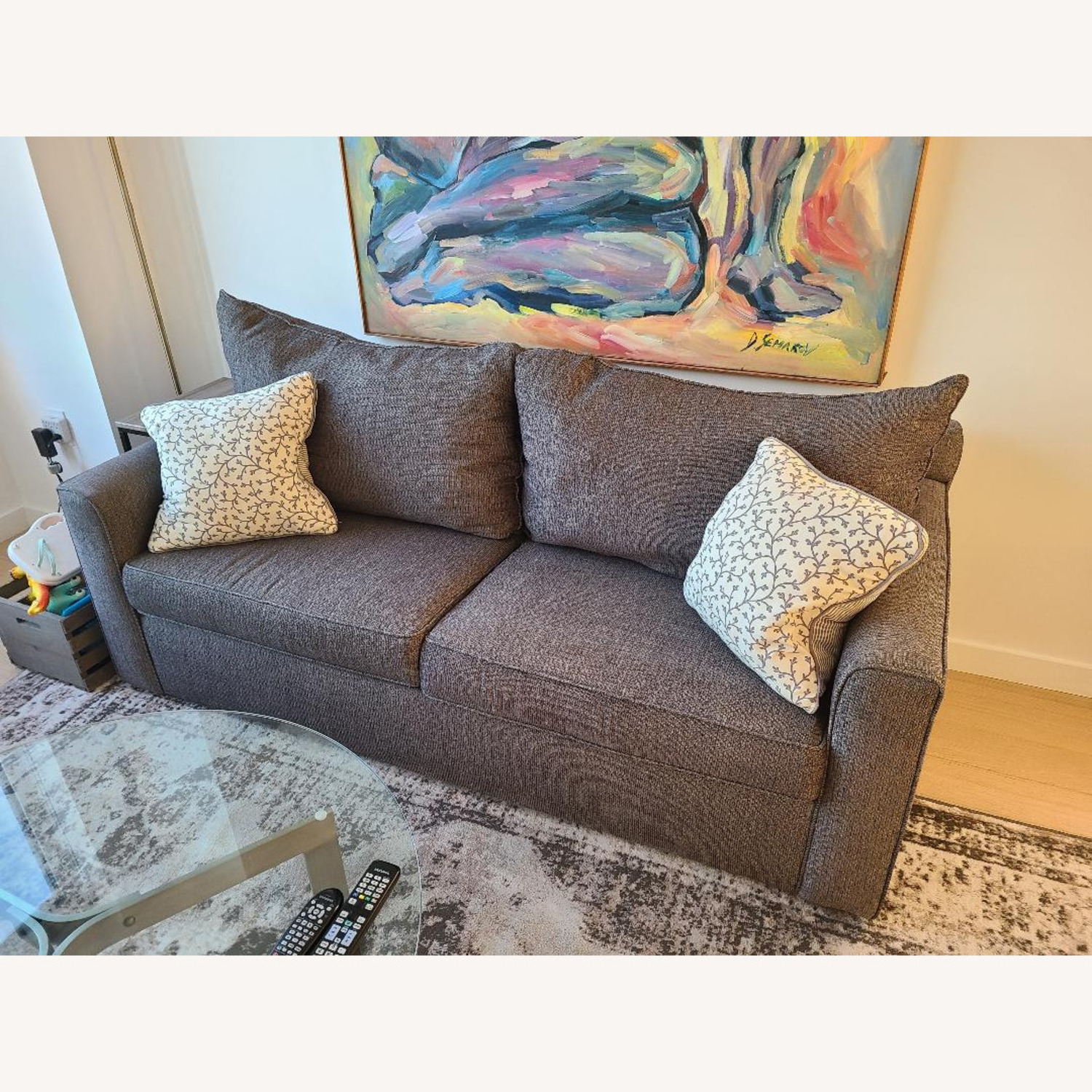 Raymour and Flannigan Tracey Queen Sleeper Sofa - image-2