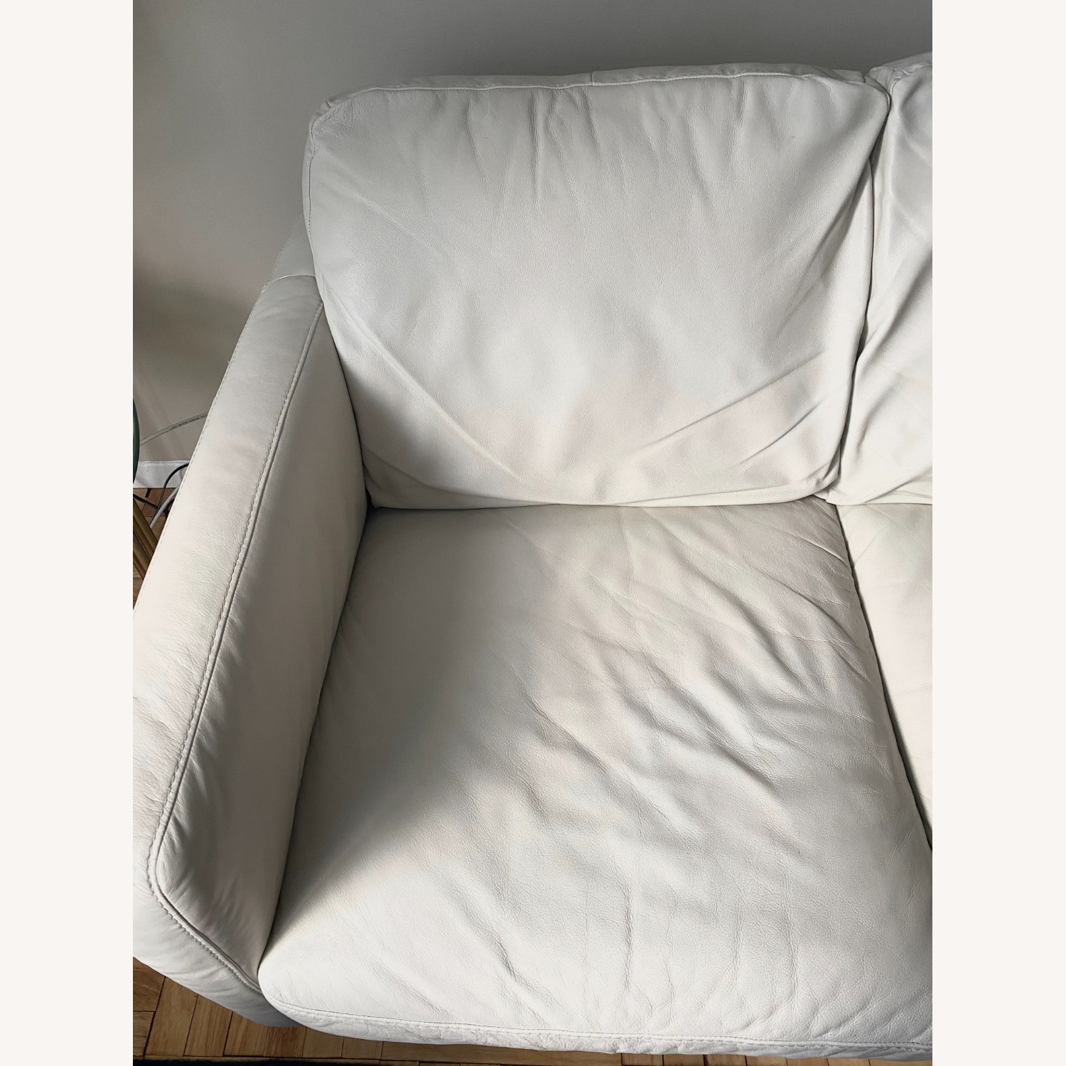 Macy's White Leather Three-seater Couch - image-7