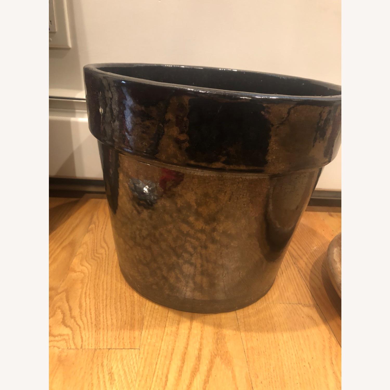 Ceramic Planter with Saucer - image-1