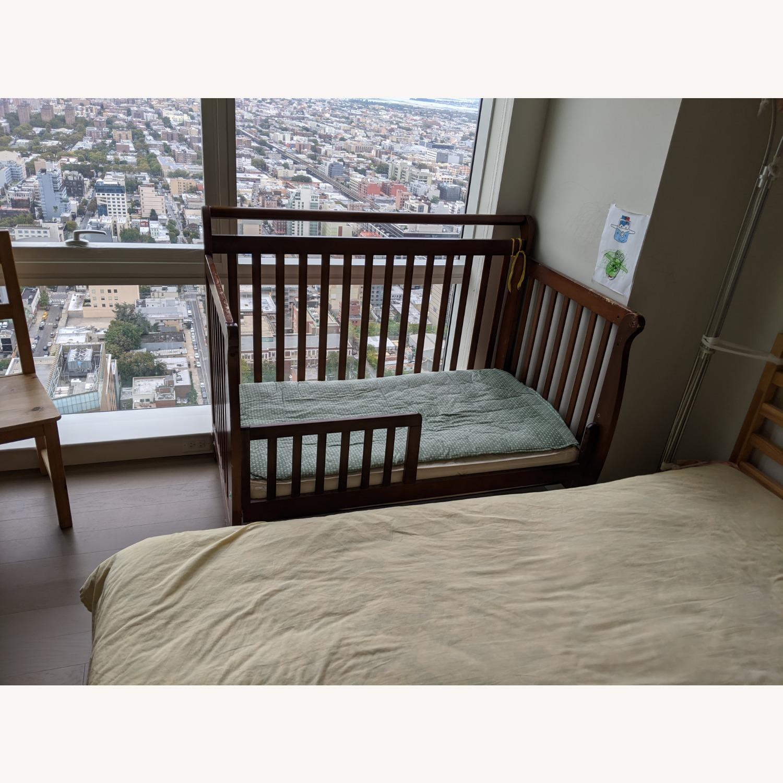 DaVinci Emily 4-in-1 Convertible Crib - image-1