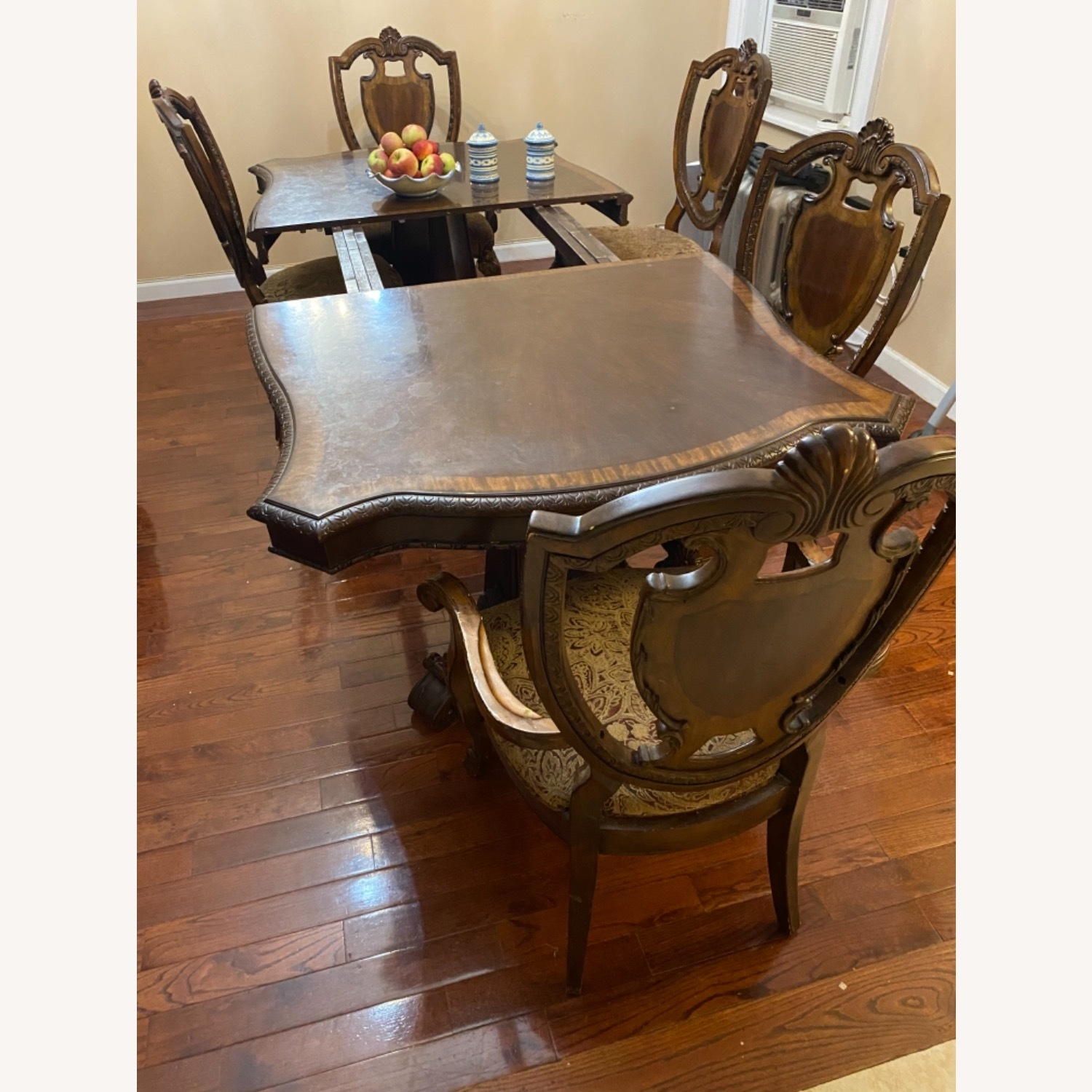 Wooden Dining Room Table Set of 9 Pieces - image-2