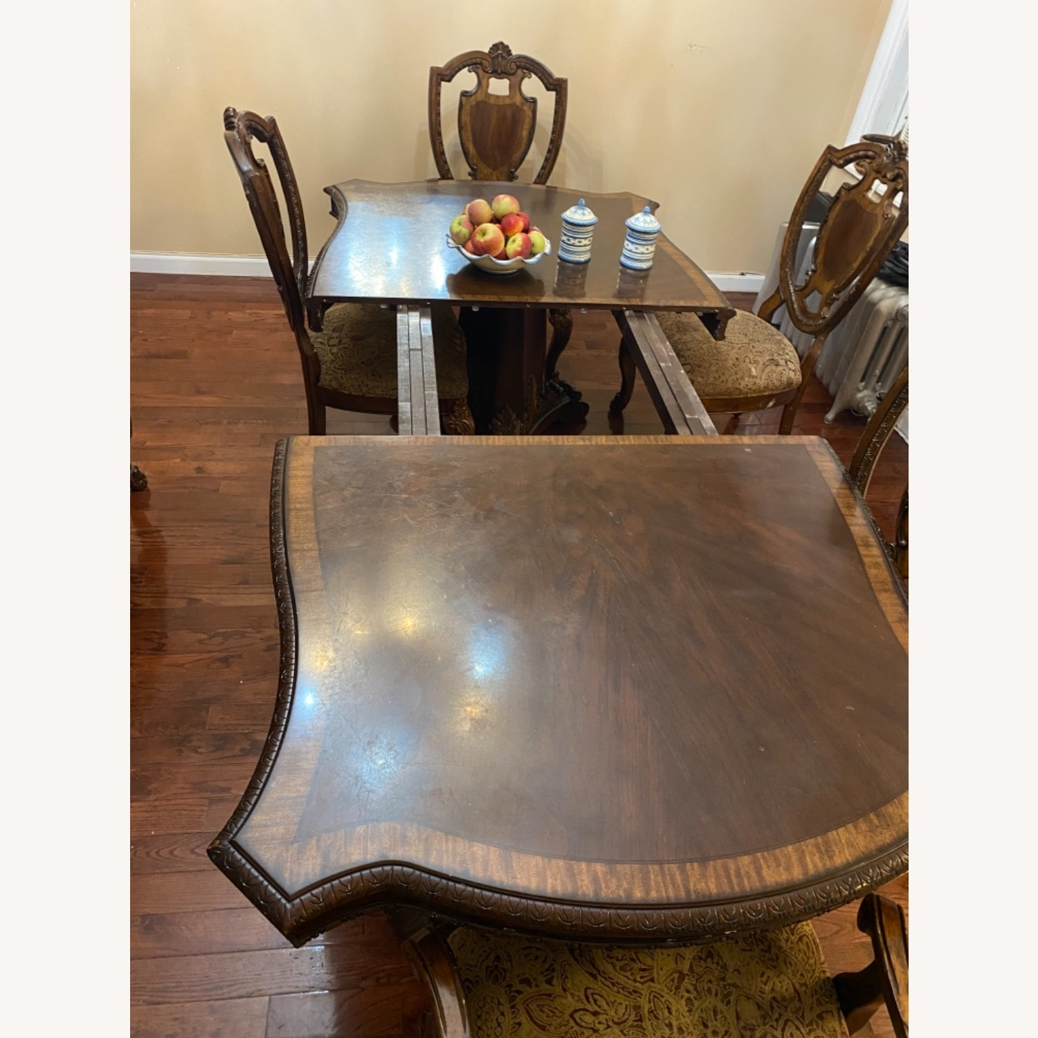 Wooden Dining Room Table Set of 9 Pieces - image-5
