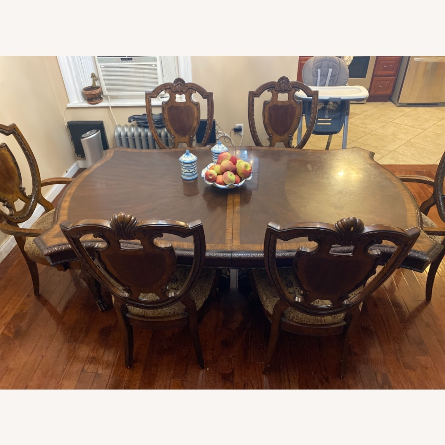 Wooden Dining Room Table Set of 9 Pieces - image-3