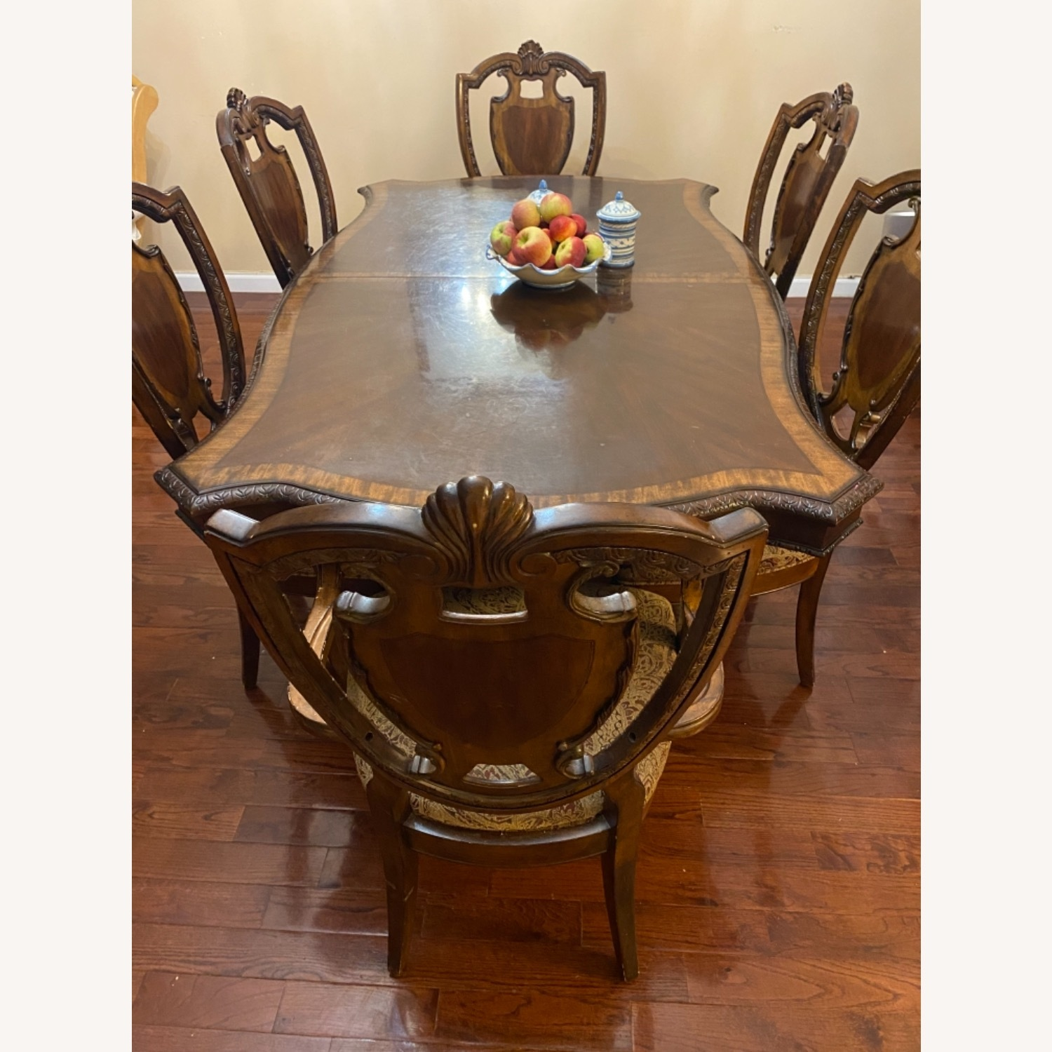 Wooden Dining Room Table Set of 9 Pieces - image-1