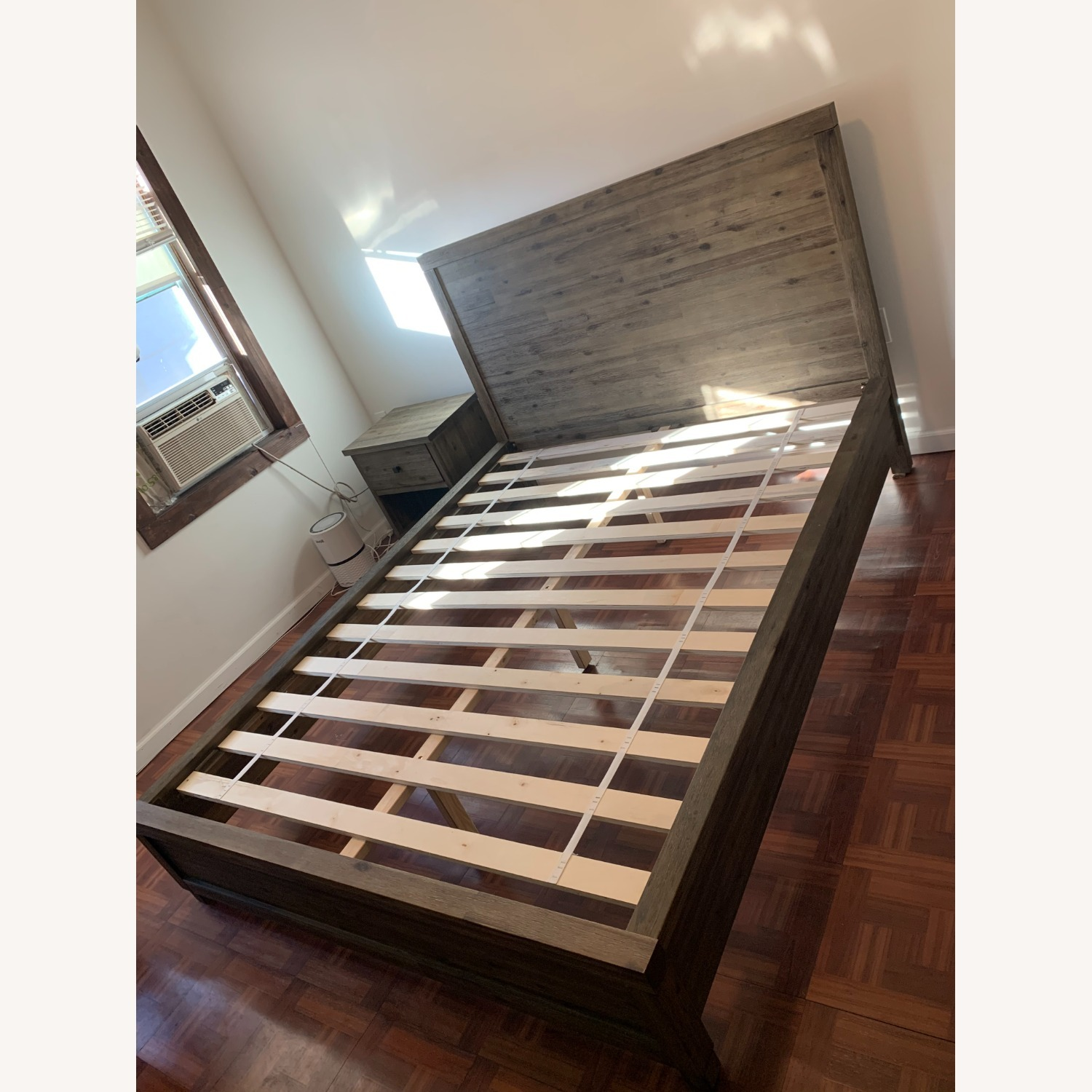 Macy's Canyon Queen Platform Bed - image-4