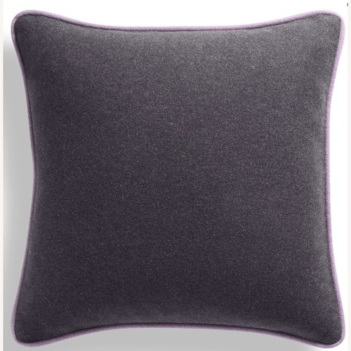 Used 4x Blu Dot Duck Duck Square Pillows for sale on AptDeco