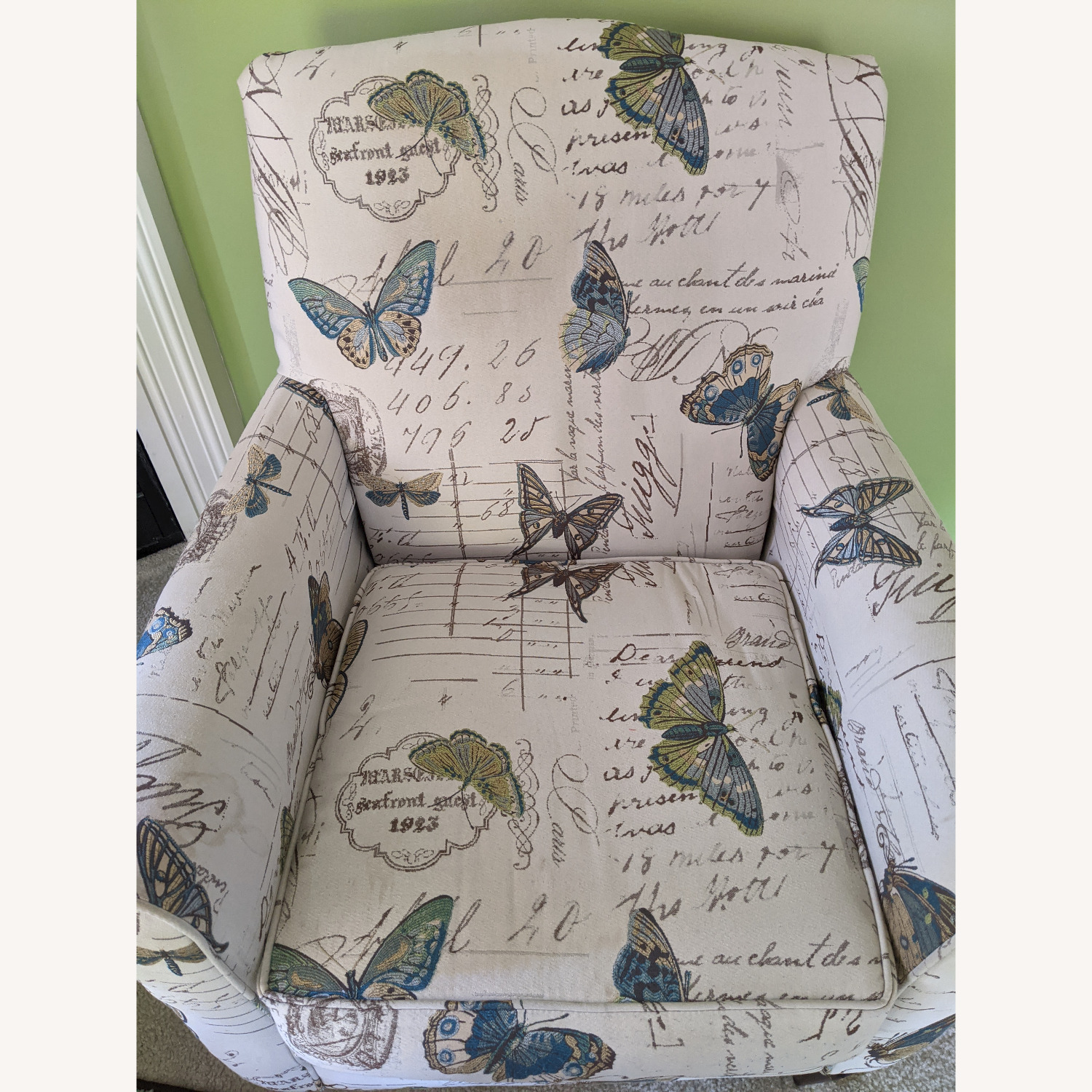 Custom Accent Chair - image-4