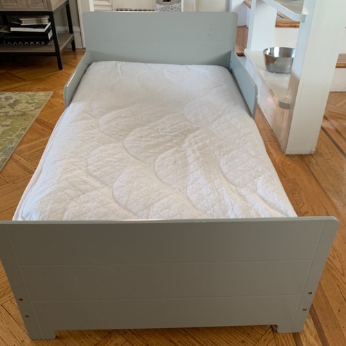 Used Toddler Bed - Delta MySize for sale on AptDeco