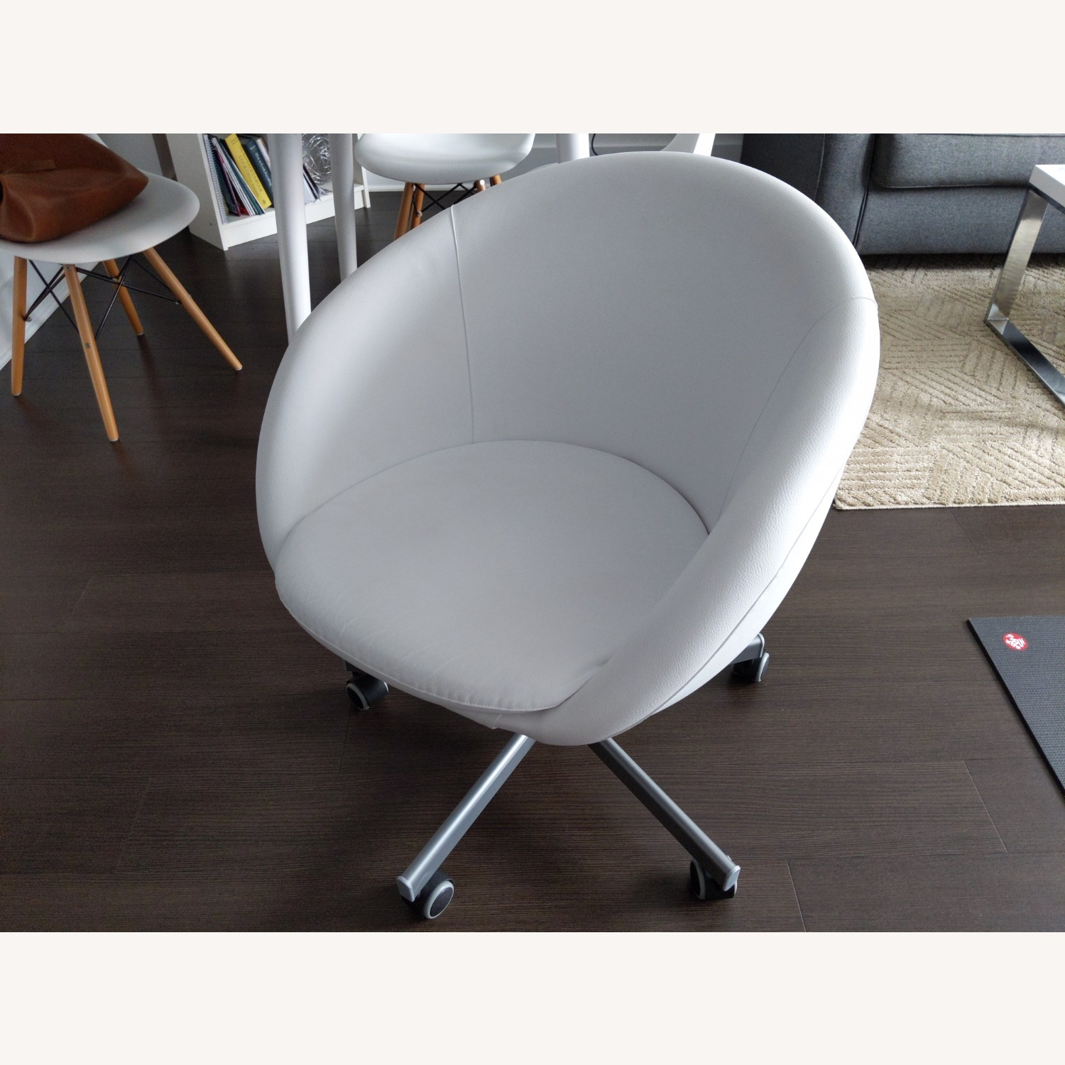 IKEA SKRUVSTA Swivel Office Chair - image-4