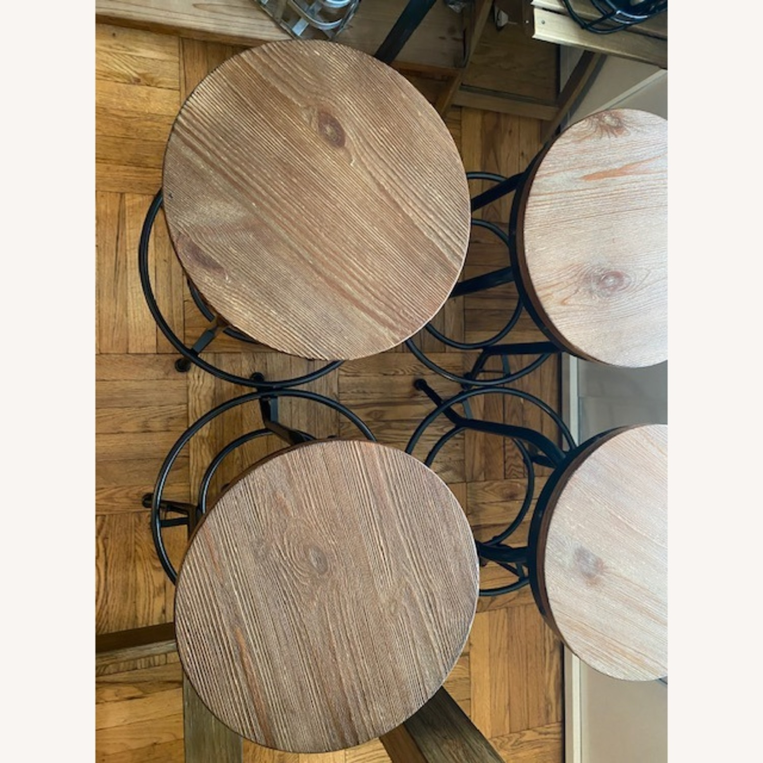 Ashley Furniture Dining Room Bar Table and Bar Stools (4) - image-7
