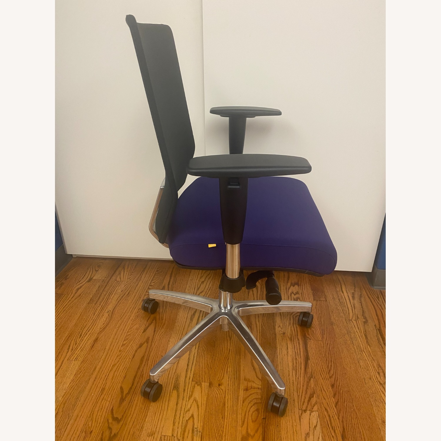 iDesk Office Chairs - image-2