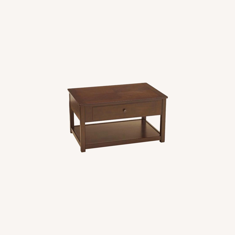 Raymour & Flanigan Lift Top Coffee Table - image-0
