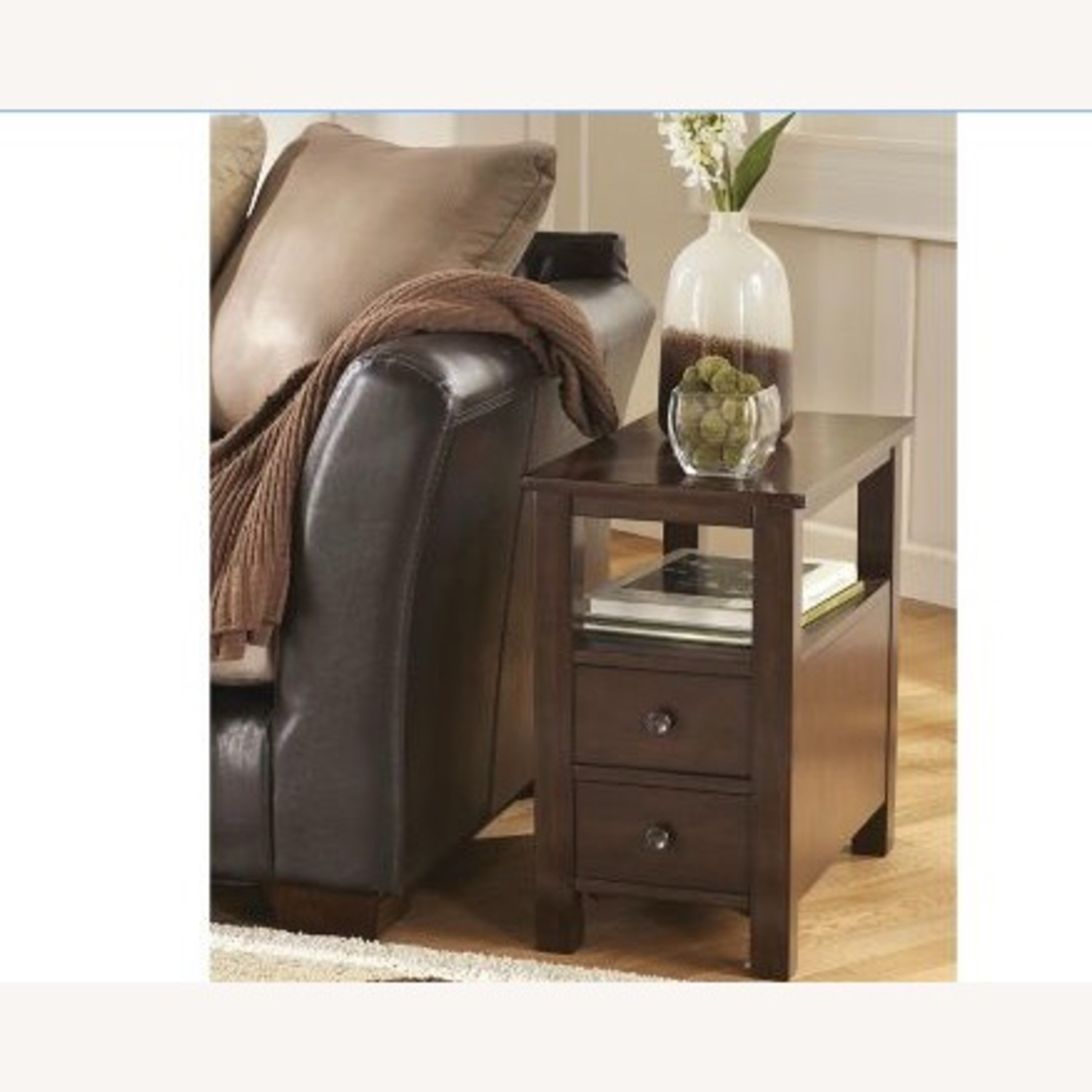Raymour & Flanigan Chairside Table - image-1