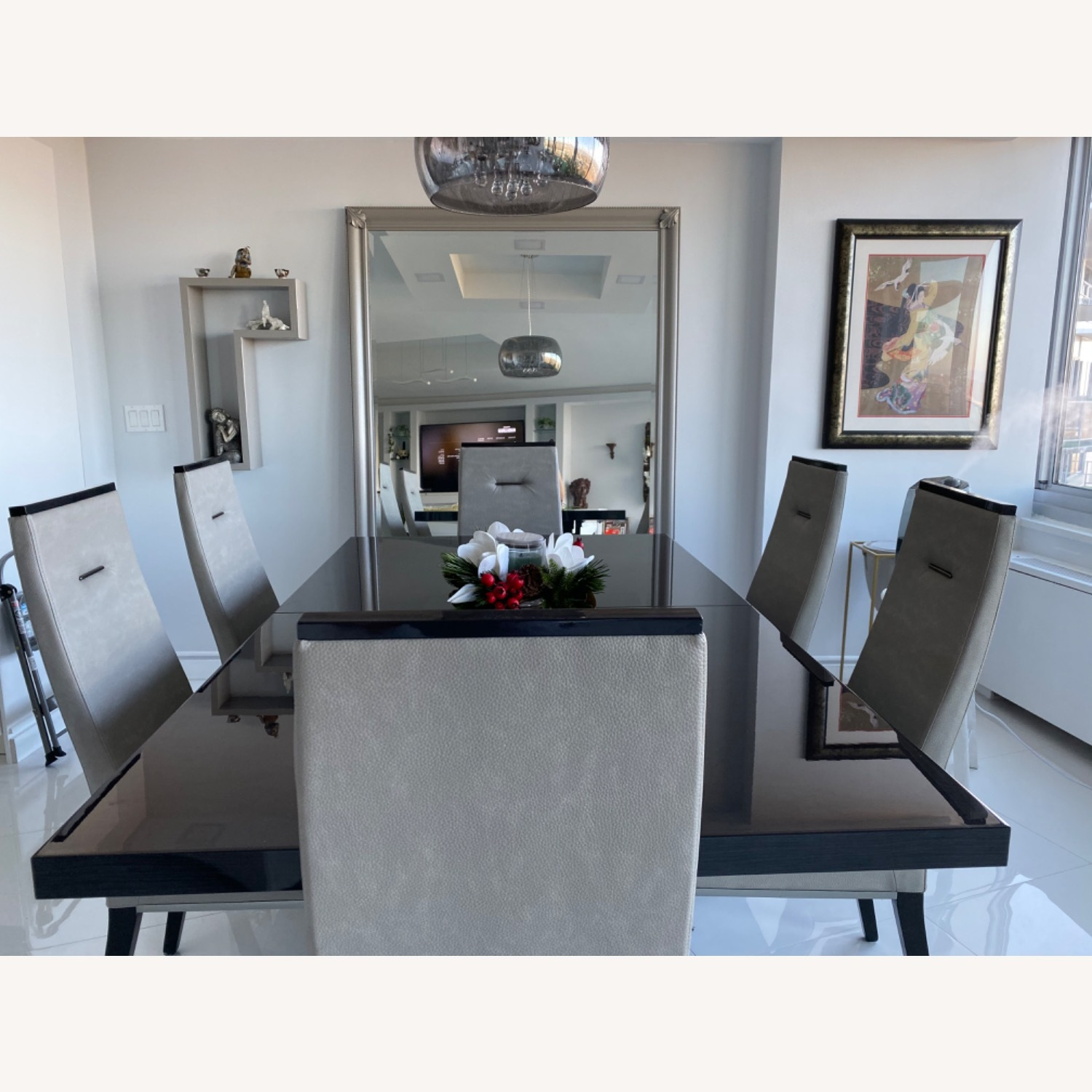 Dining Room Set - 6 leather chairs - image-5