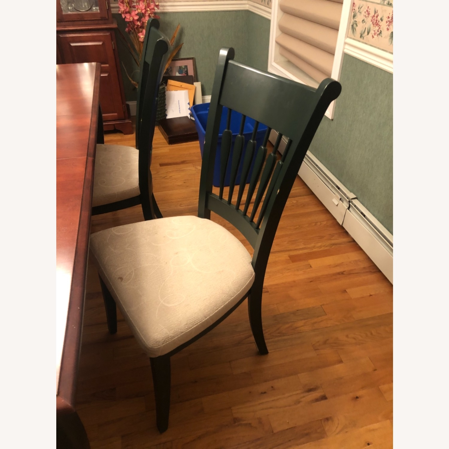 Traditional Dining Room Set - image-5
