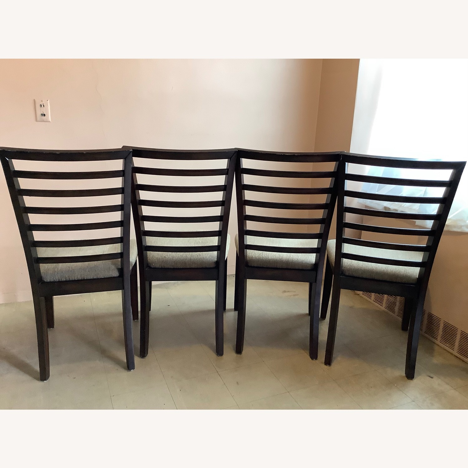Raymour & Flanigan Butterfly Leaf Table with 4 chairs - image-3