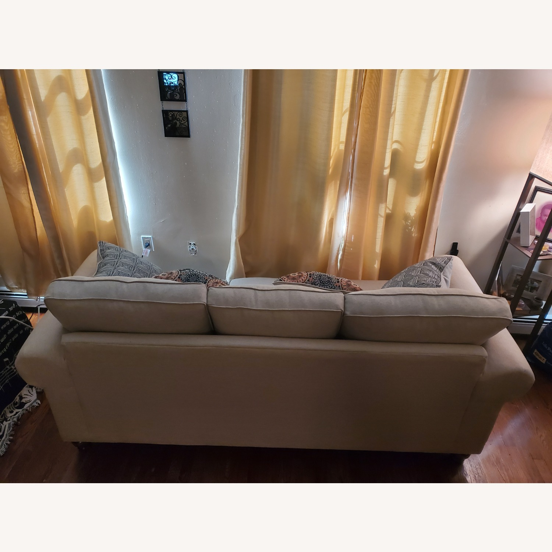 Raymour & Flanigan 3-Seater Beige Sofa - image-5