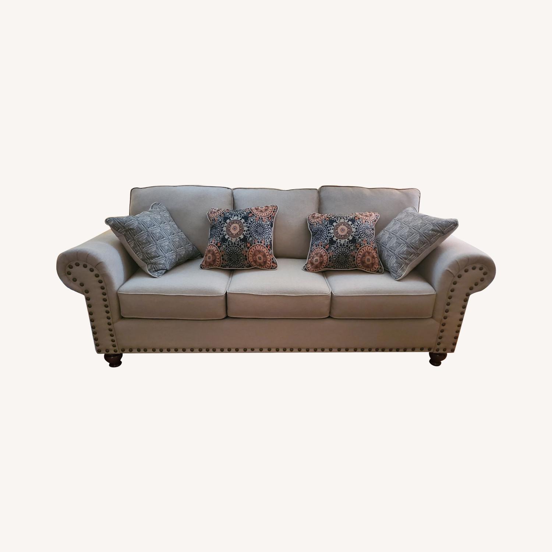 Raymour & Flanigan 3-Seater Beige Sofa - image-0