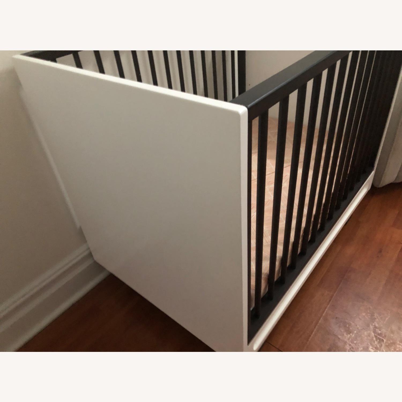 West Elm X Pbk Mid-Century Mini-Crib 2 Tone - image-2