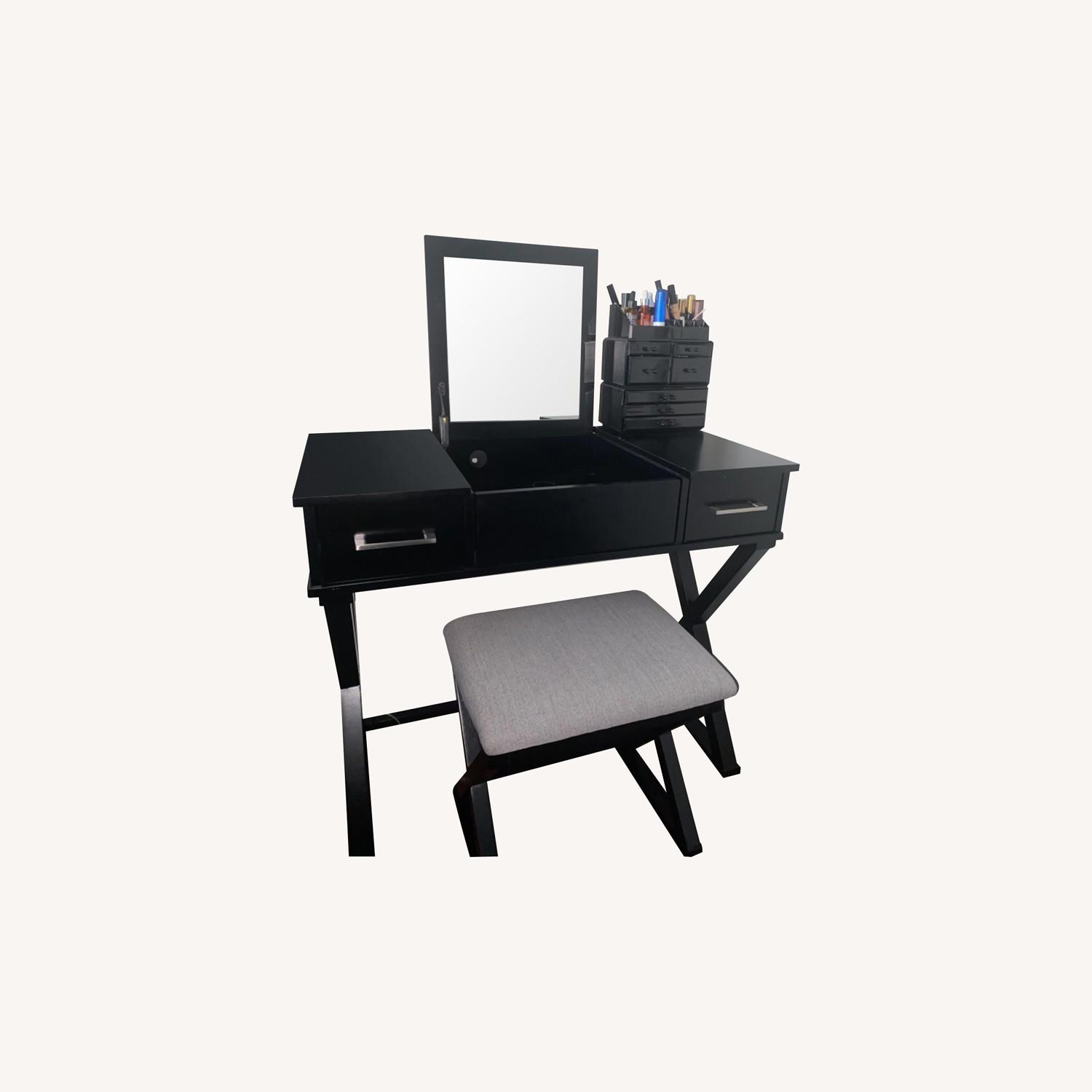 Vanity Desk w/Stool - image-0
