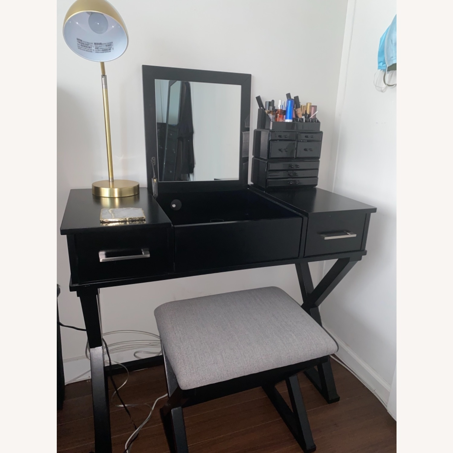 Vanity Desk w/Stool - image-1