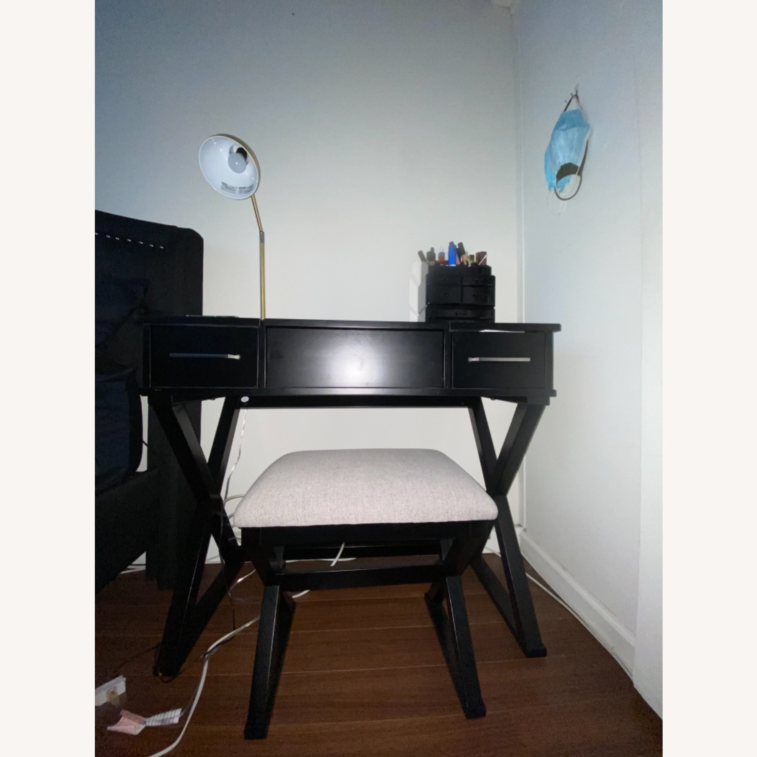 Vanity Desk w/Stool - image-2