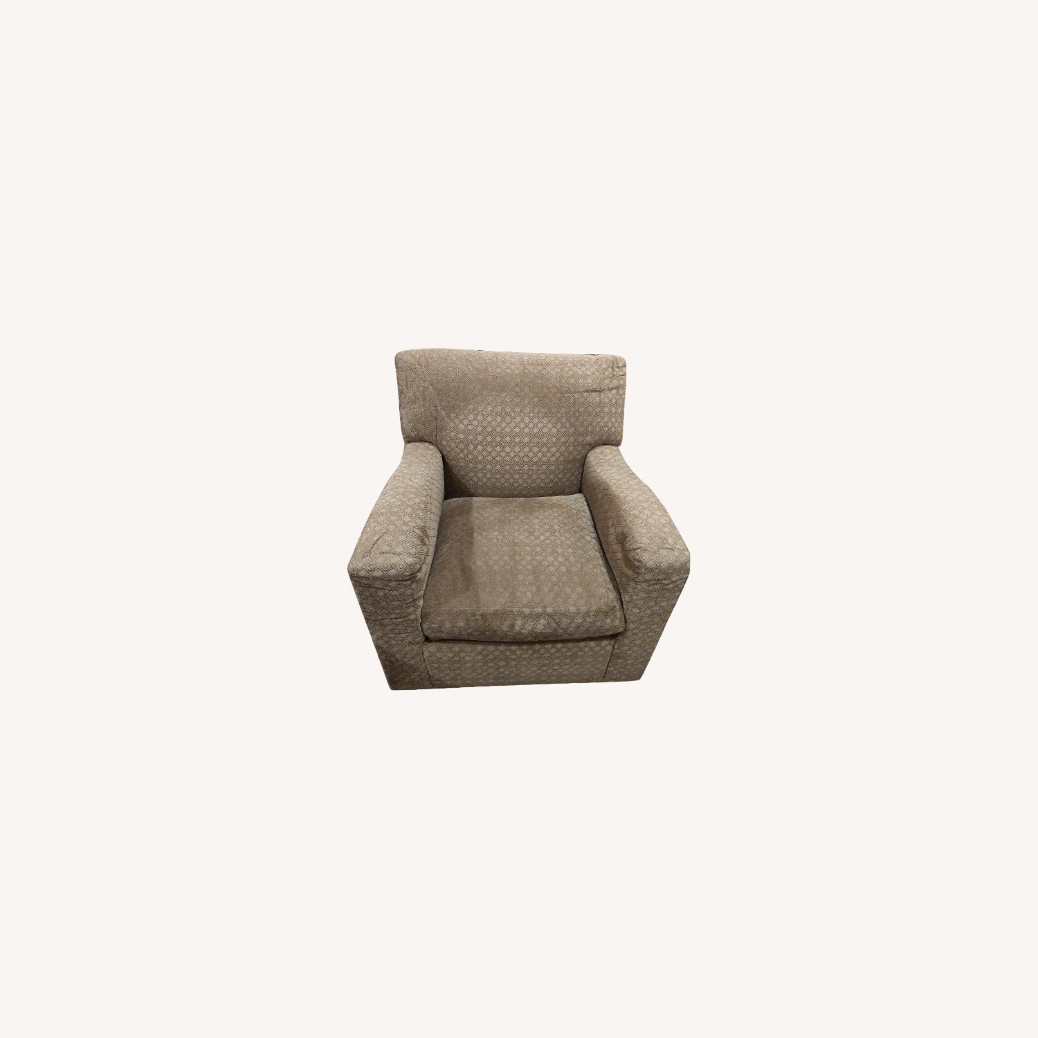 Comfy Swivel Chairs - image-0
