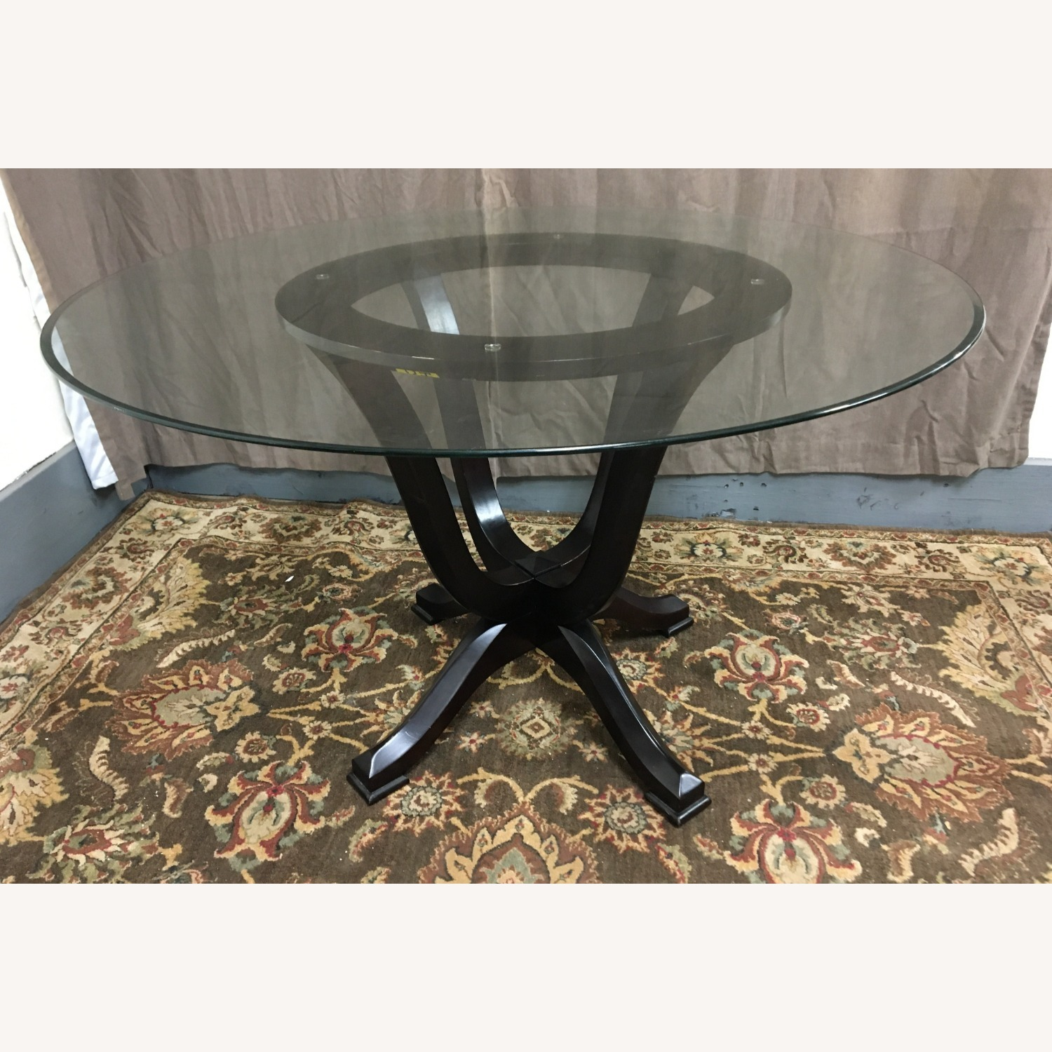 Raymour & Flanigan Glass Table & 4 Basset Padded Chairs - image-2
