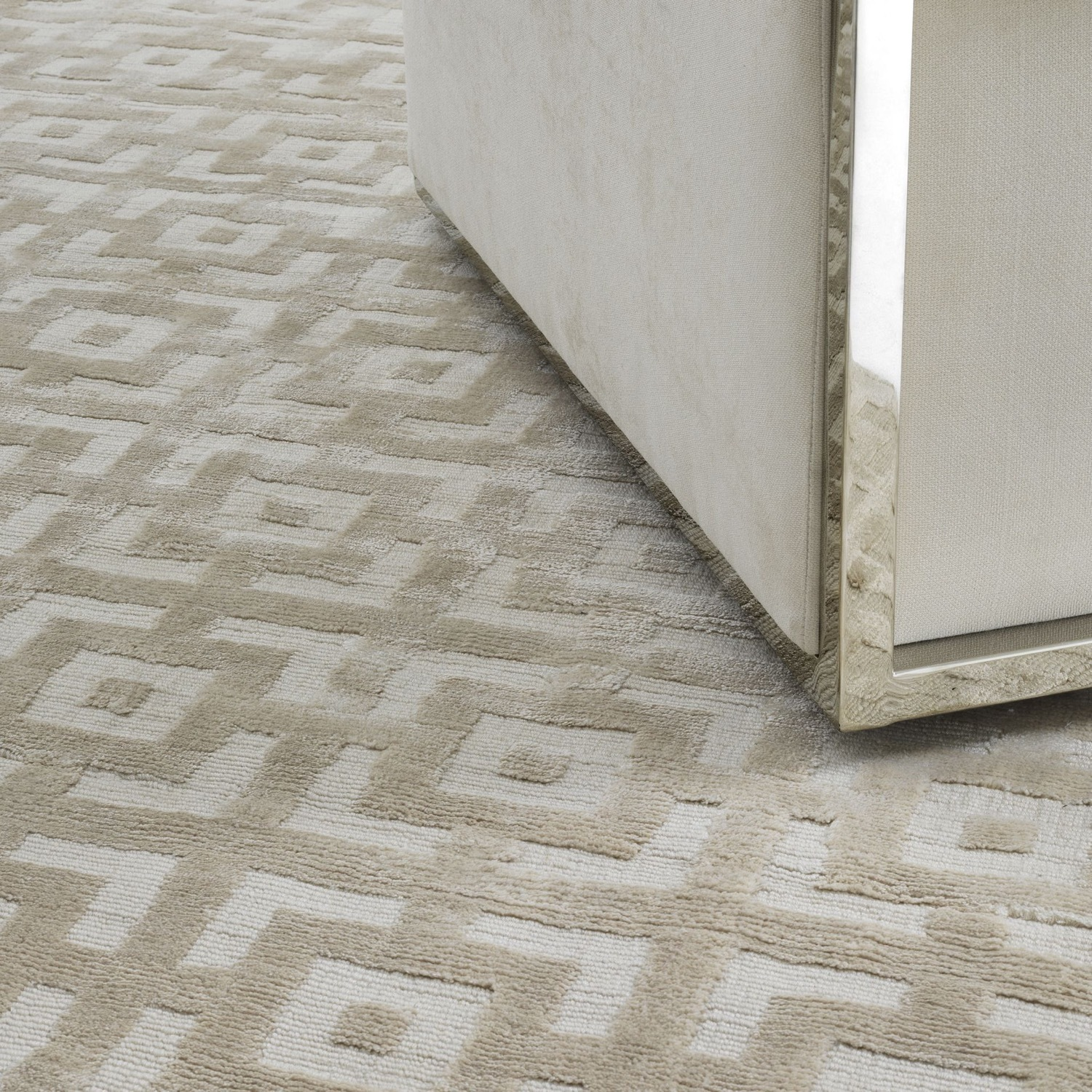 Eichholtz Reeves Carpet in Ivory - image-0