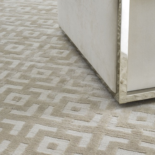 Used Eichholtz Reeves Carpet in Ivory for sale on AptDeco