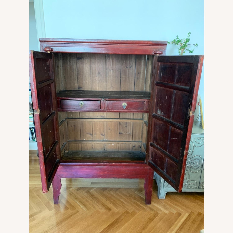 Vintage Chinese Wardrobe Cabinet. - image-3