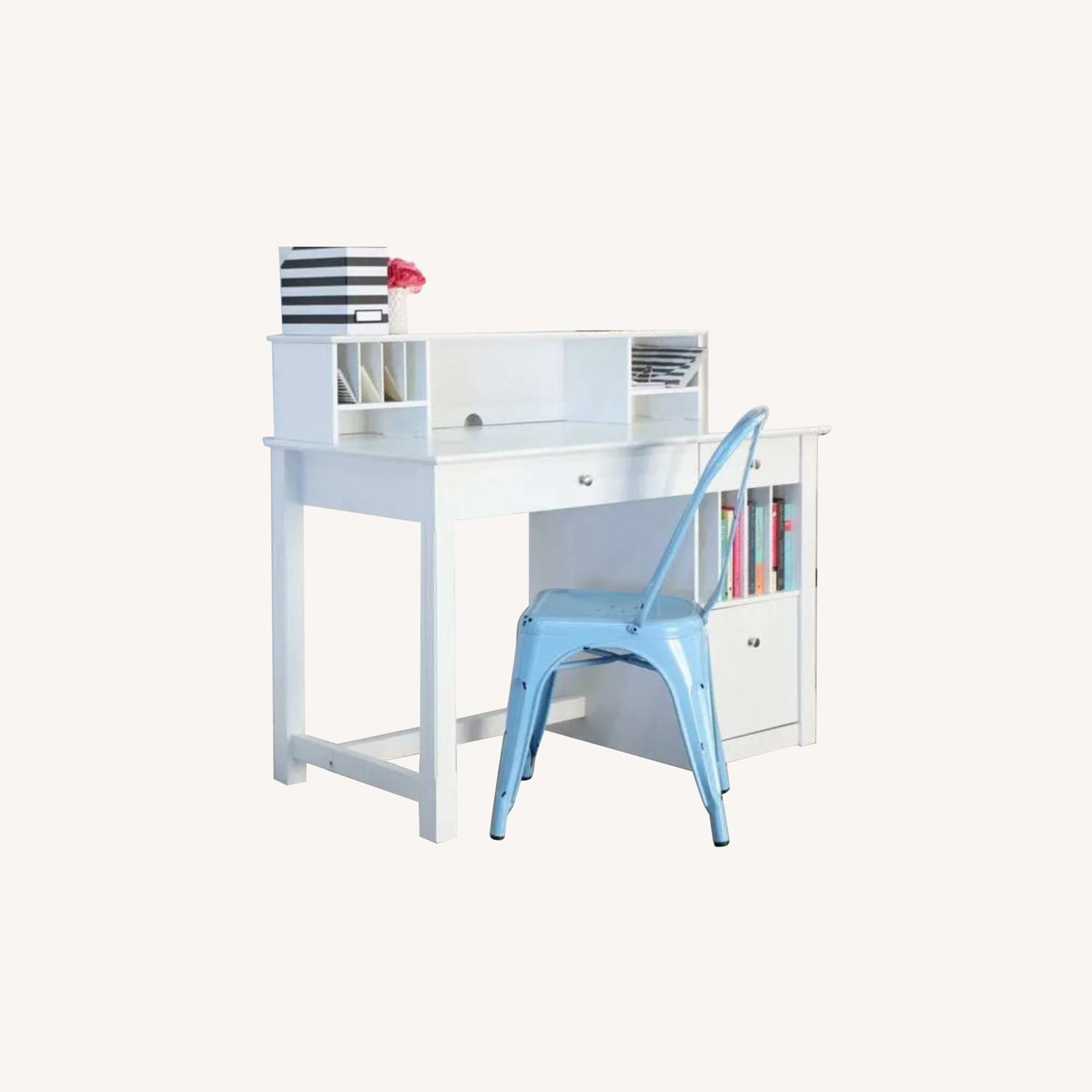 White Modern Wood Computer Desk with Hutch - image-0