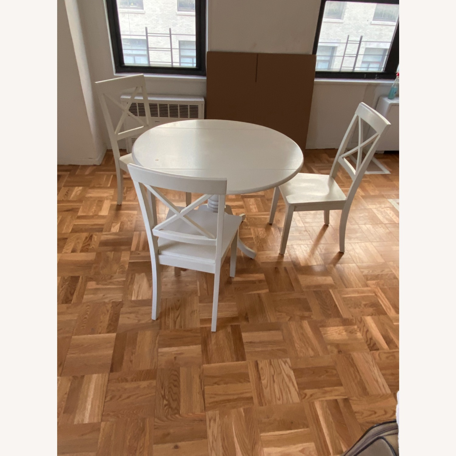Dining Table and 4 Chairs - image-1