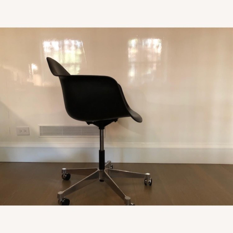 Herman Miller Eames Task ArmChair-Black - image-2