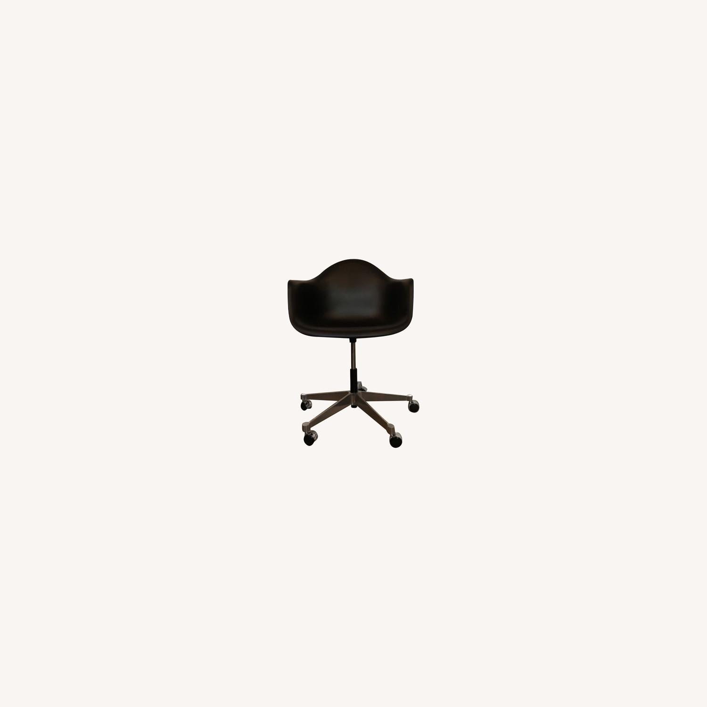 Herman Miller Eames Task ArmChair-Black - image-0
