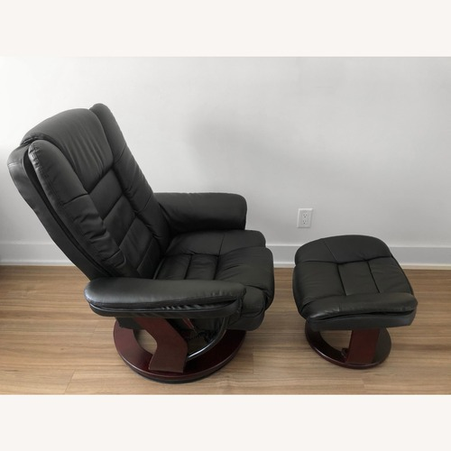Used Flash Furniture Recliner with Ottoman for sale on AptDeco