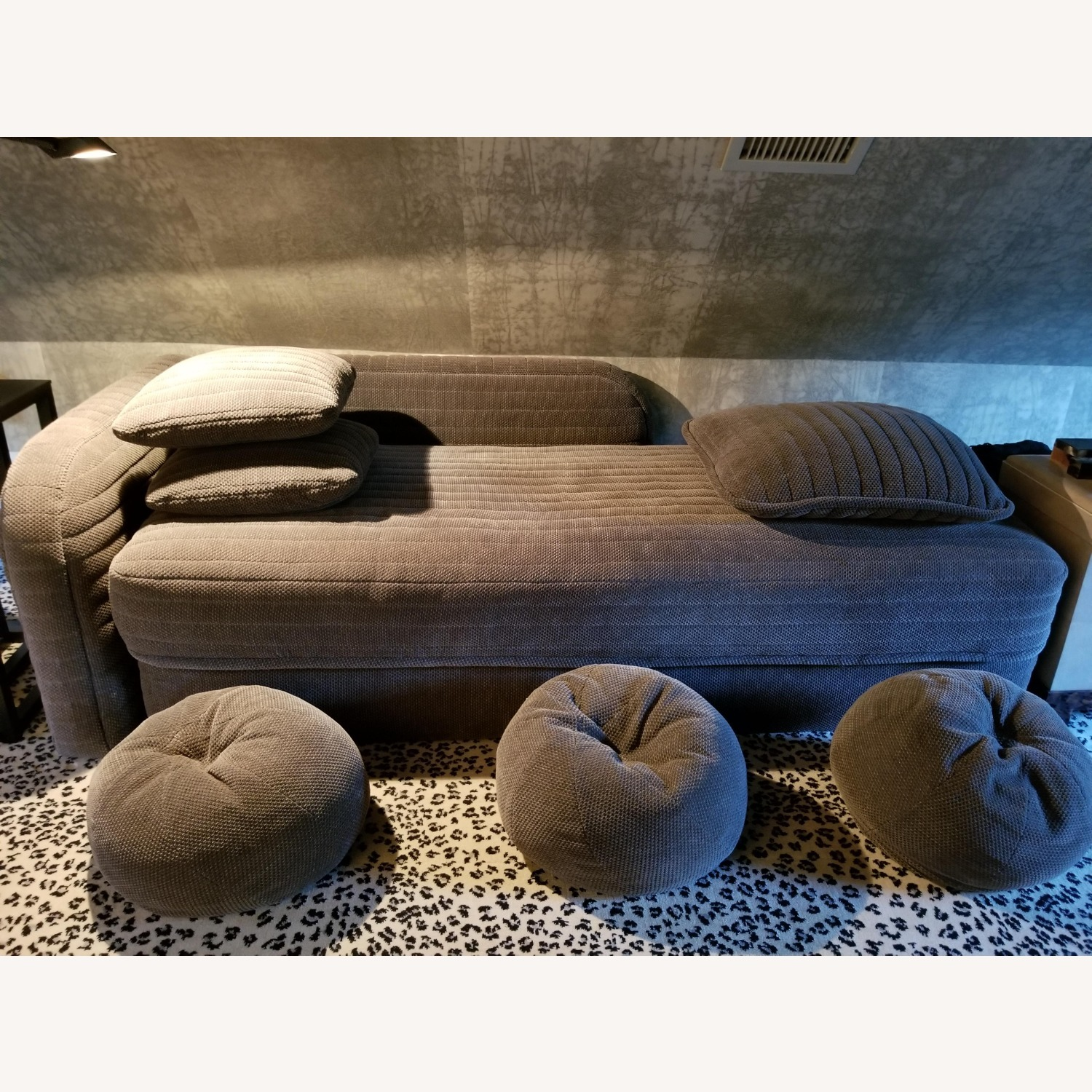 Donghia Daybed W/ Pillows - Queen Fold Out Bed - image-4