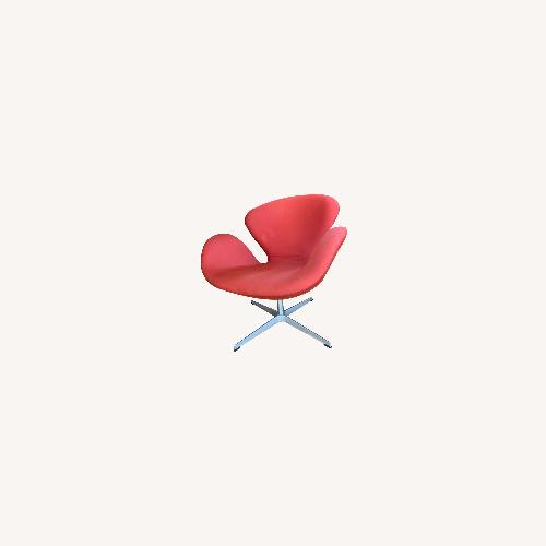 Used Fritz Hansen Original Arne Jacobsen Swan Chair for sale on AptDeco