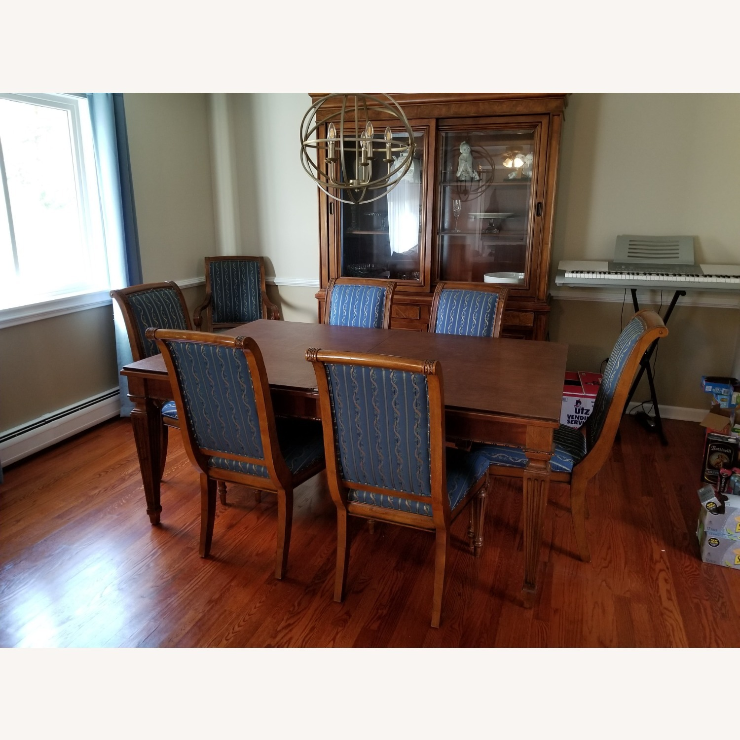 Ethan Allen Dinning Room Set w/8 chairs - image-1