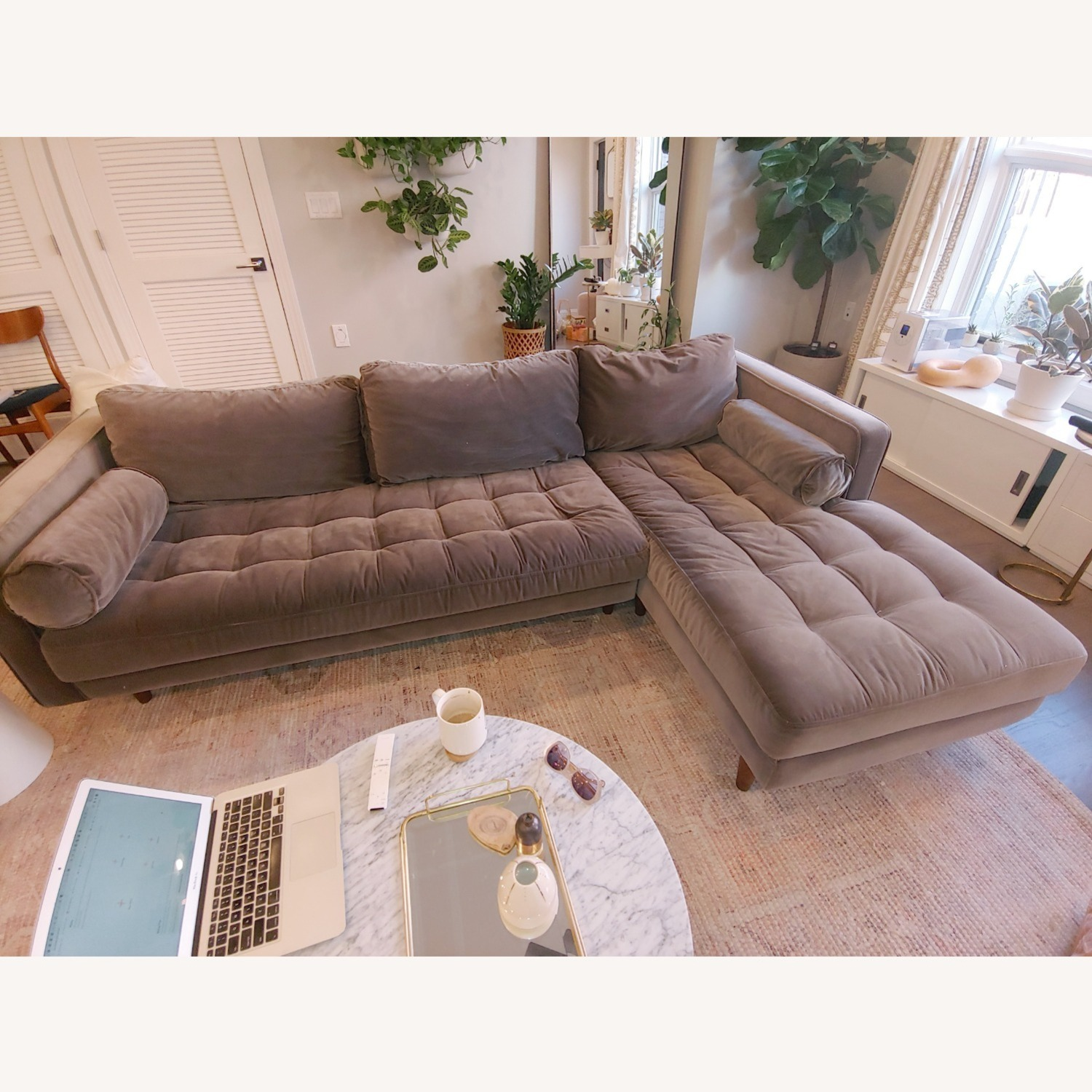 Article Sven Right Sectional Sofa - image-1