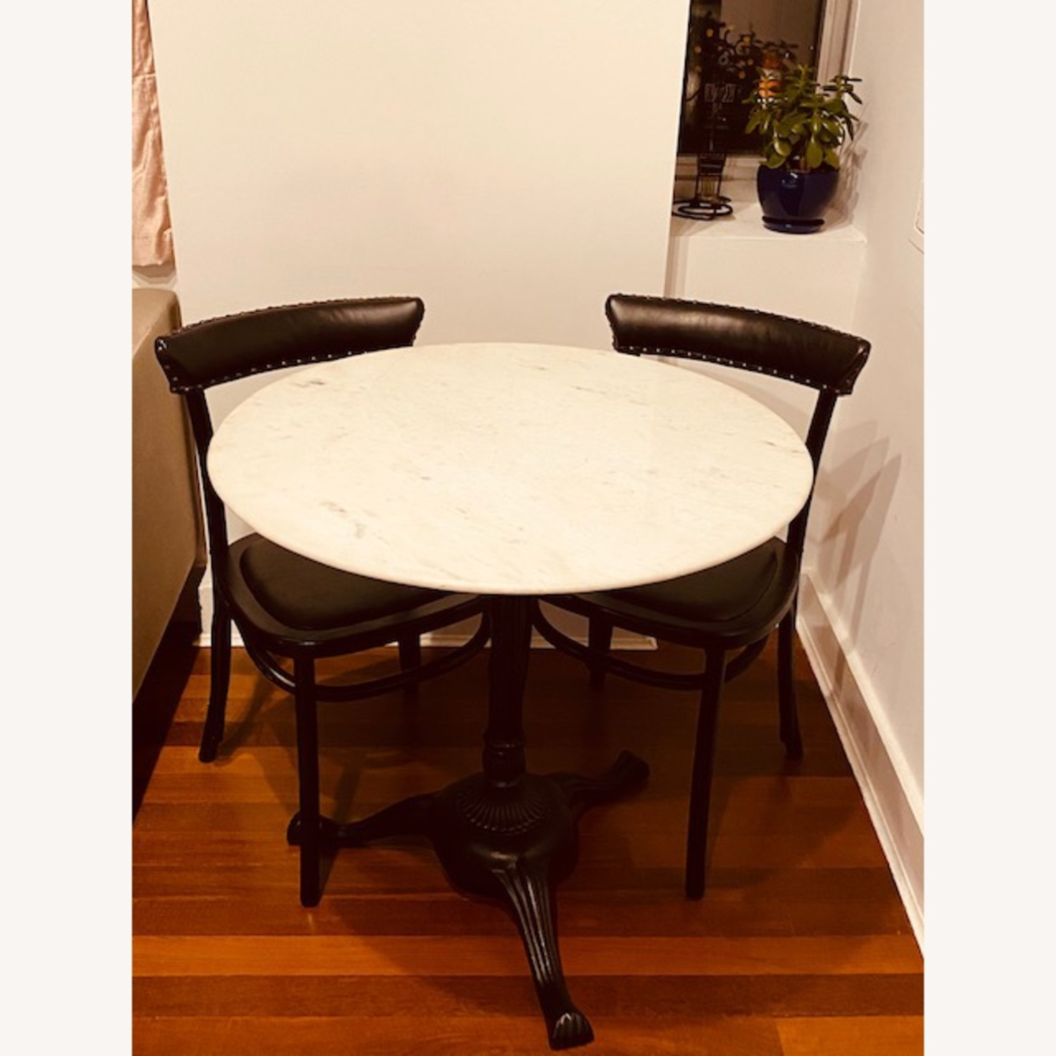 Picture of: Pottery Barn Rae Marble Bistro Table 2 Lucas Dining Chairs Aptdeco
