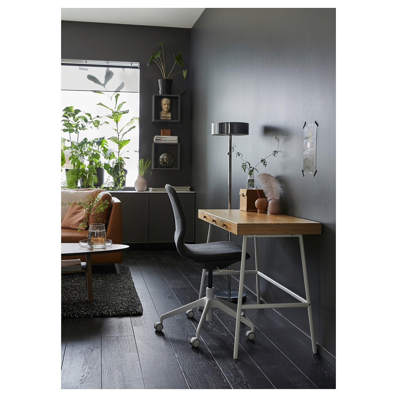 IKEA LILLSEN Desk - image-4